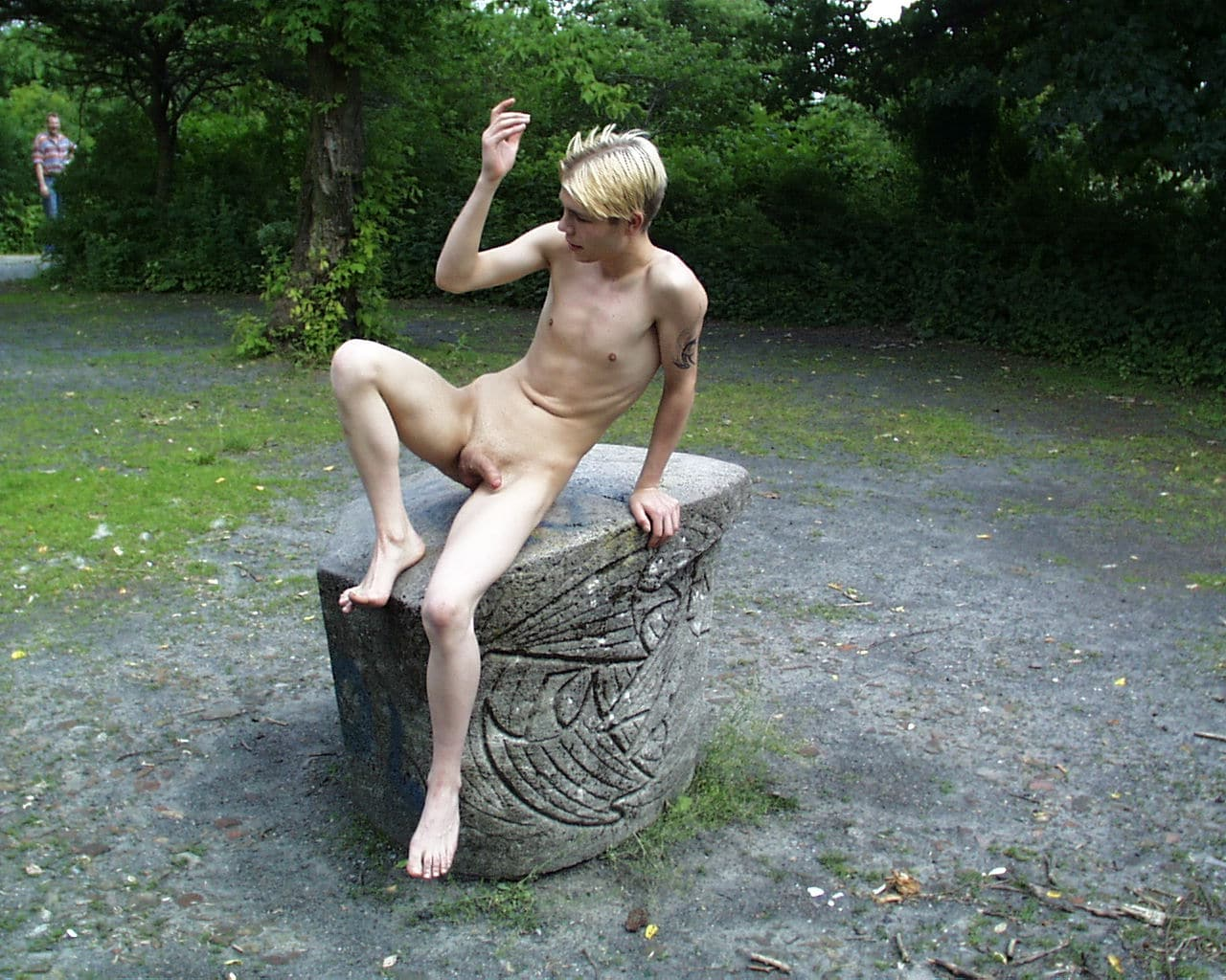 nude outdoors « Quality Gay Porn – Your Number One Gay ...